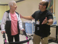 patient and therapist at ArchCare at San Vicente de Paúl Skilled Nursing and Rehabilitation Center